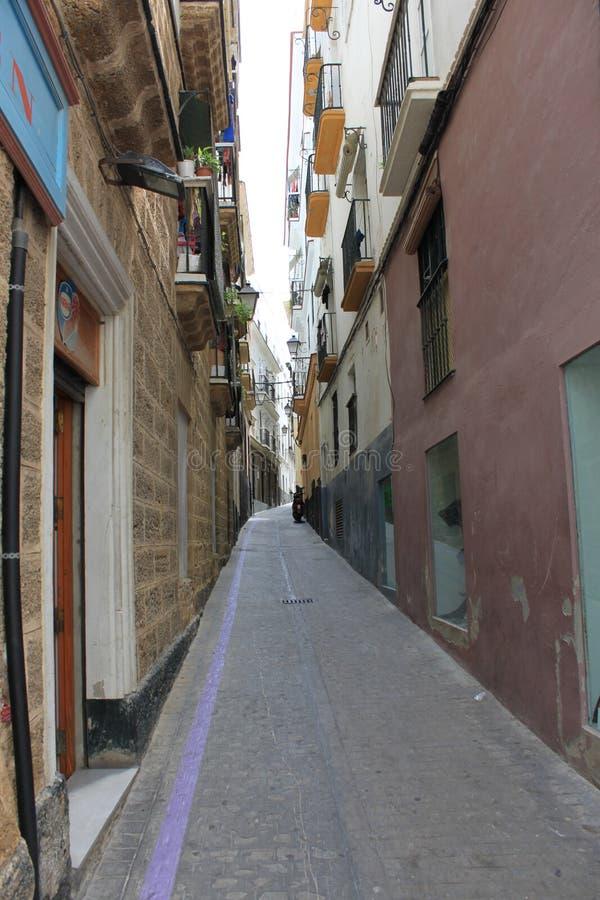 Cadiz, wąska ulica obraz stock