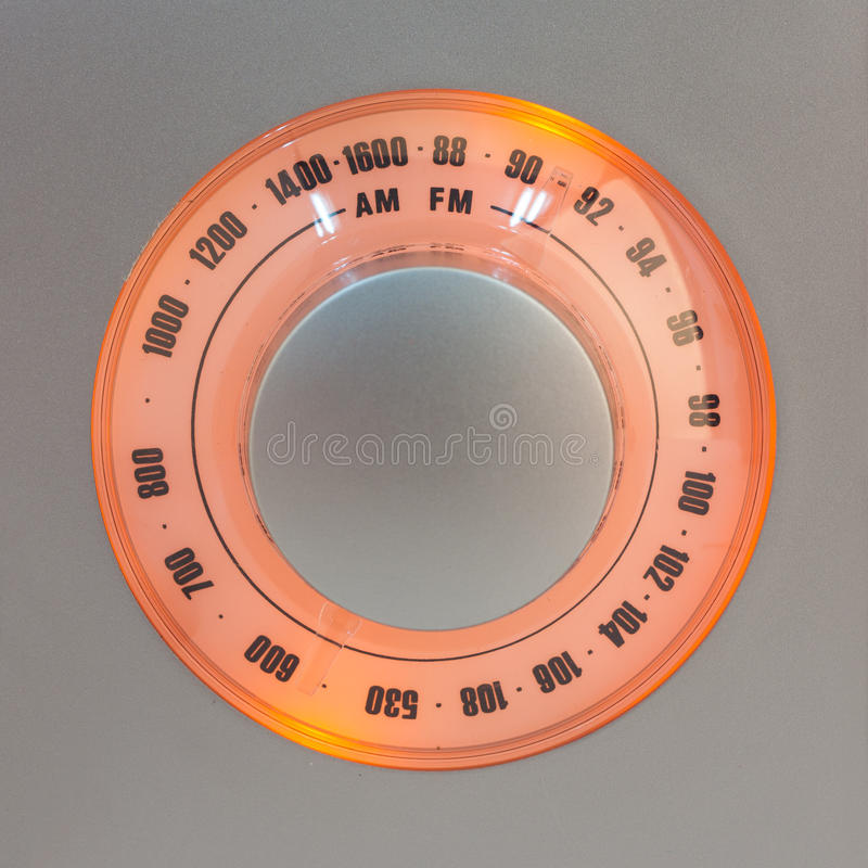 cadran par radio Rétro-dénommé de tuner photo stock
