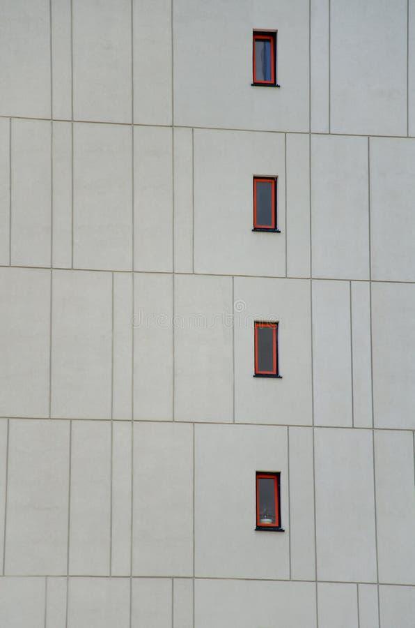 Cadre architectural de la façade du bâtiment avec éléments décoratifs photographie stock libre de droits