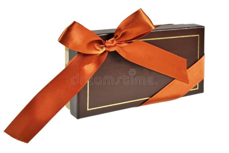 Cadre de cadeau avec la bande et la proue photographie stock