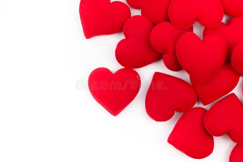 Cadre de carte de voeux des coeurs rouges sur un fond blanc avec l'espace de copie et l'utilisation comme concept de Saint Valent photos stock