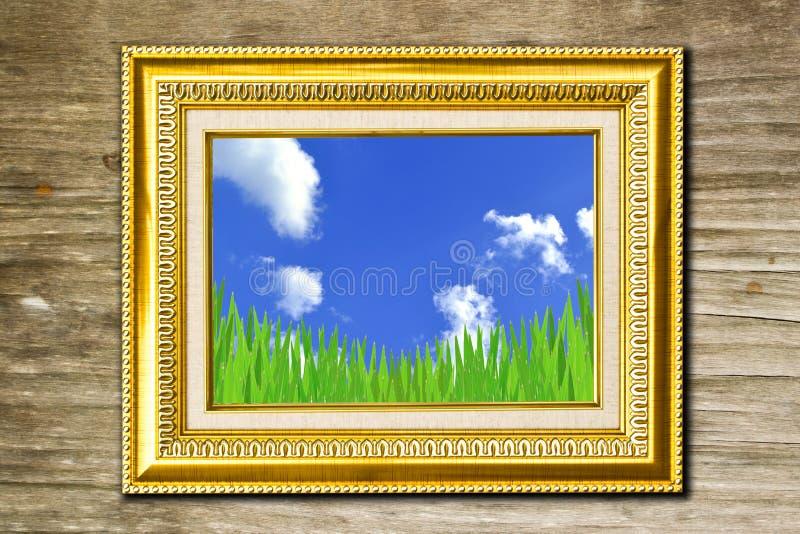 Cadre de photo sur le fond de conseil en bois images stock