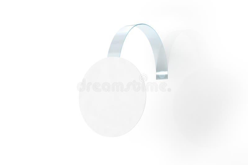 Caduta bianca in bianco del wobbler su derisione della parete su, percorso di ritaglio immagini stock libere da diritti