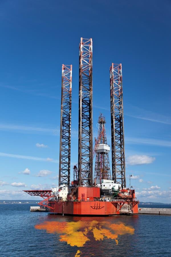 Caduta del petrolio immagini stock