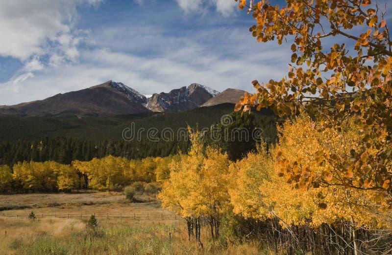 Caduta della montagna rocciosa fotografie stock