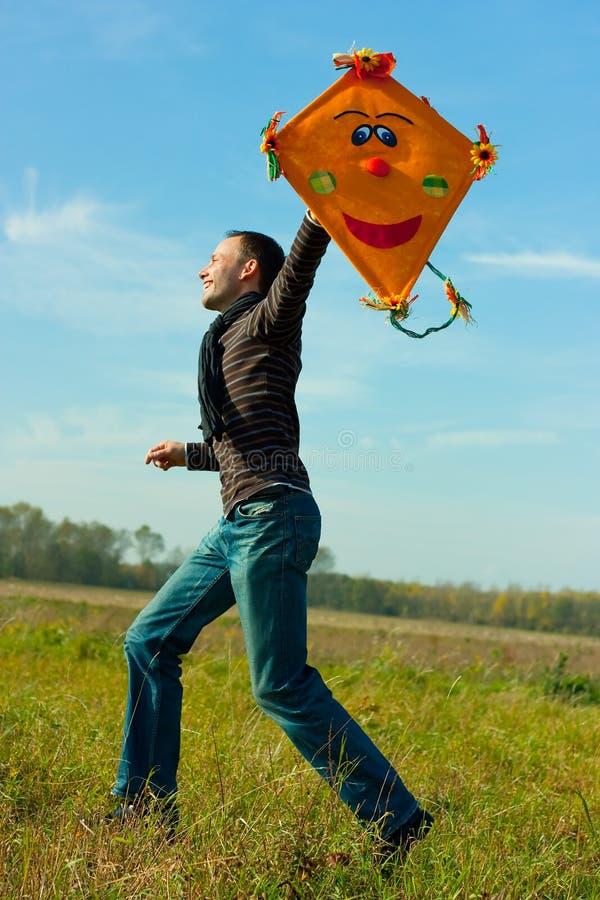 caduta di autunno ventosa fotografia stock
