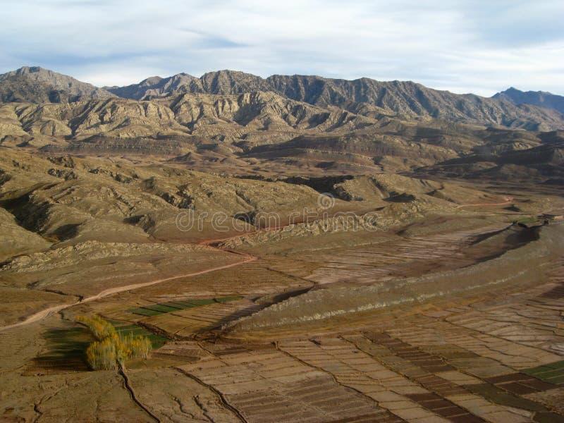Caduta nelle montagne orientali dell'Afghanistan immagine stock