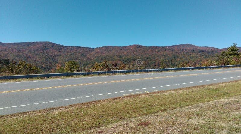 Caduta rurale di North Carolina della strada principale fotografia stock