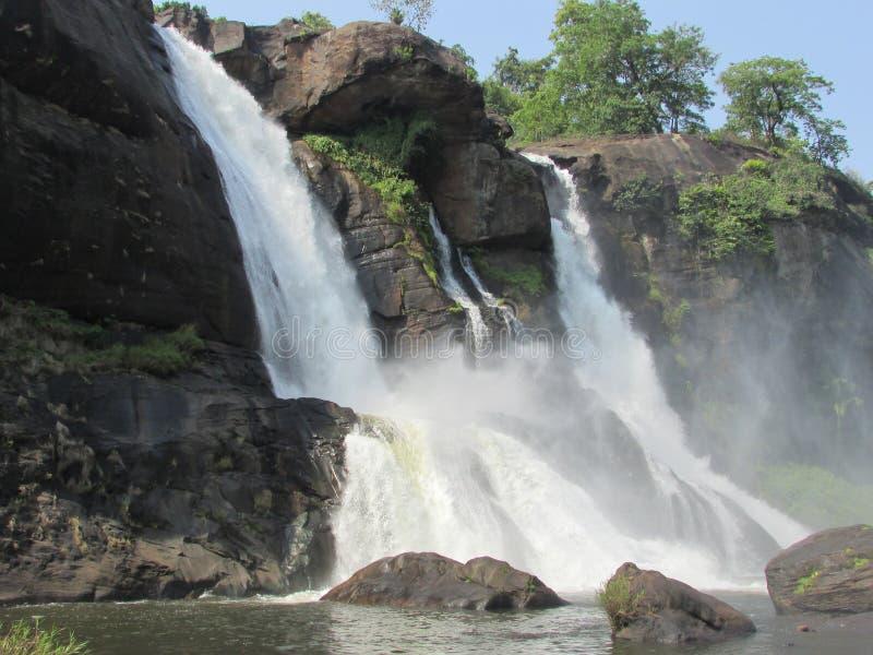 Cadute dell'acqua di Athirappilly fotografia stock