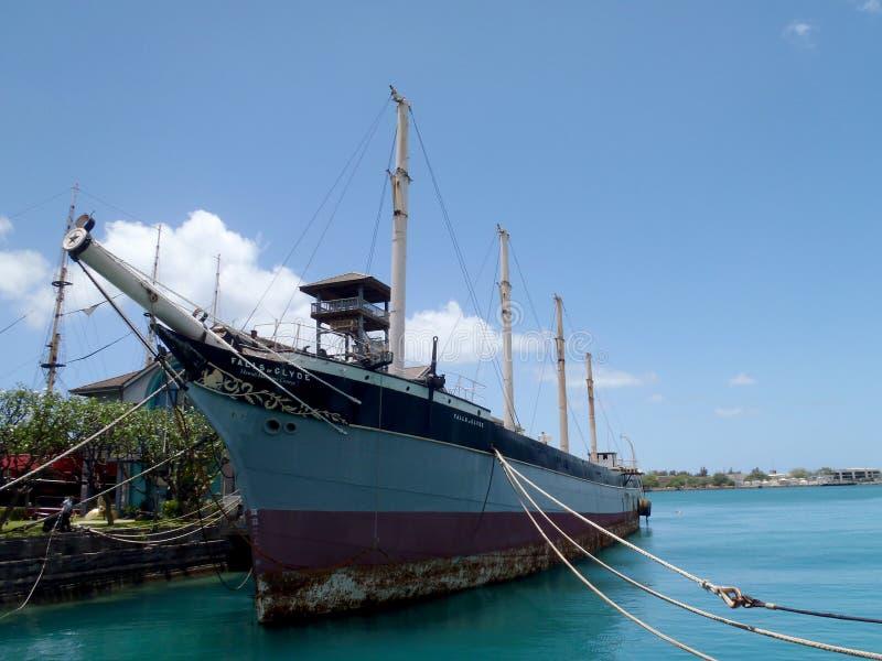 Cadute storiche di Clyde nel porto di Honolulu fotografie stock