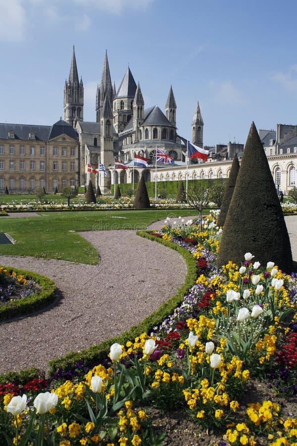 Download Caen-Gärten stockbild. Bild von stadt, abtei, fromm, normandie - 27732193