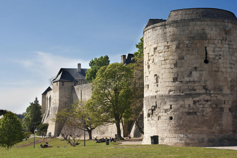 caen slottchateau ducal france fotografering för bildbyråer