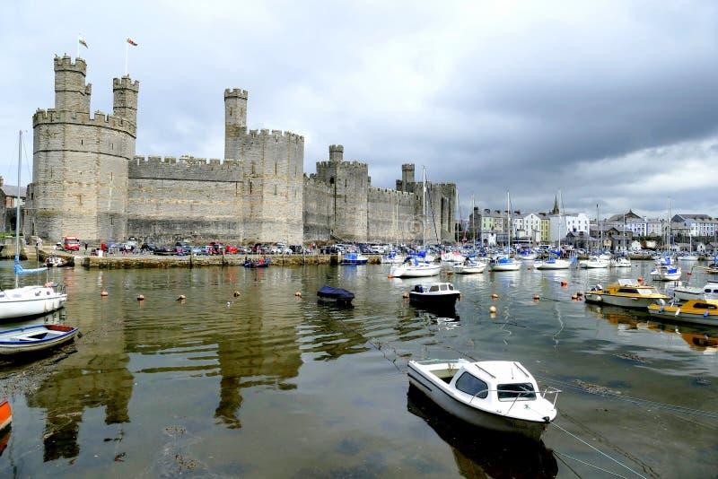 Caernarfon slott royaltyfria foton