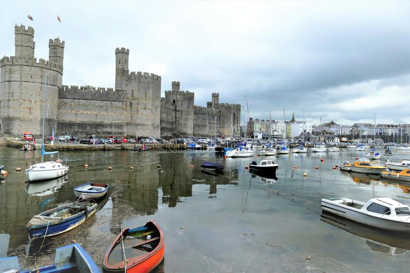 Caernarfonkasteel, Noord-Wales, het UK royalty-vrije stock foto's