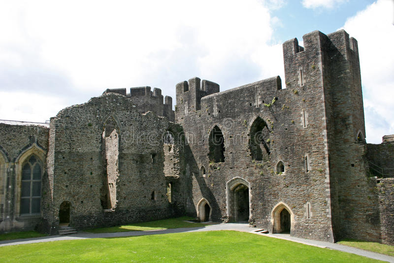 Caerphilly Schloss lizenzfreie stockbilder