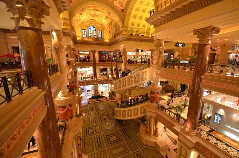 Caesars Palace, lobby, wewnętrzny projekt, zakupy centrum handlowe, tabaczny sklep, tobacconist sklep, tobacconist zdjęcia stock