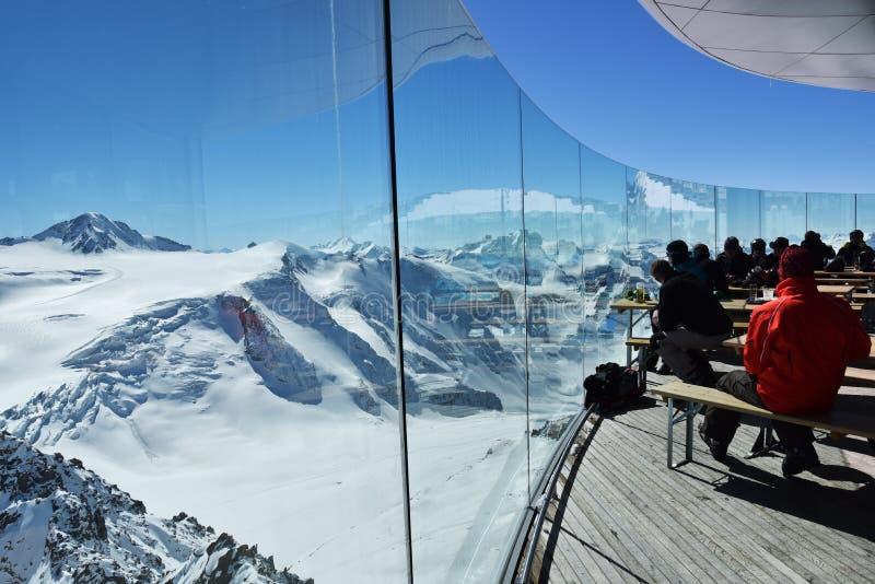Café 3 440 Pitztal-gletsjer, Oostenrijk stock foto's
