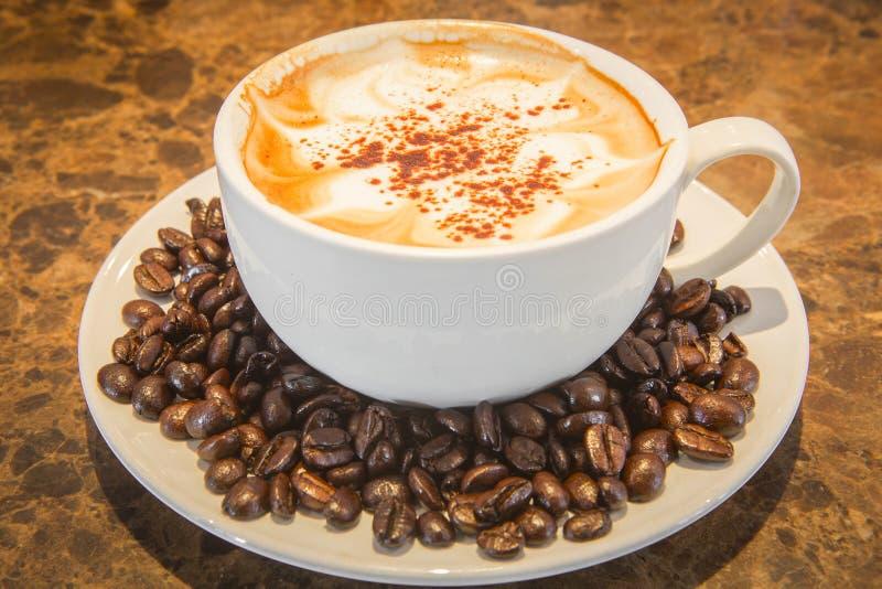 Download Café image stock. Image du fond, brassez, torréfaction - 45356067