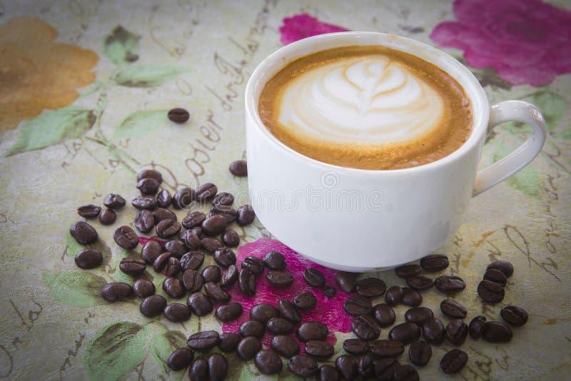 Download Café photo stock. Image du rectifieuse, égouttement, mieux - 45356644