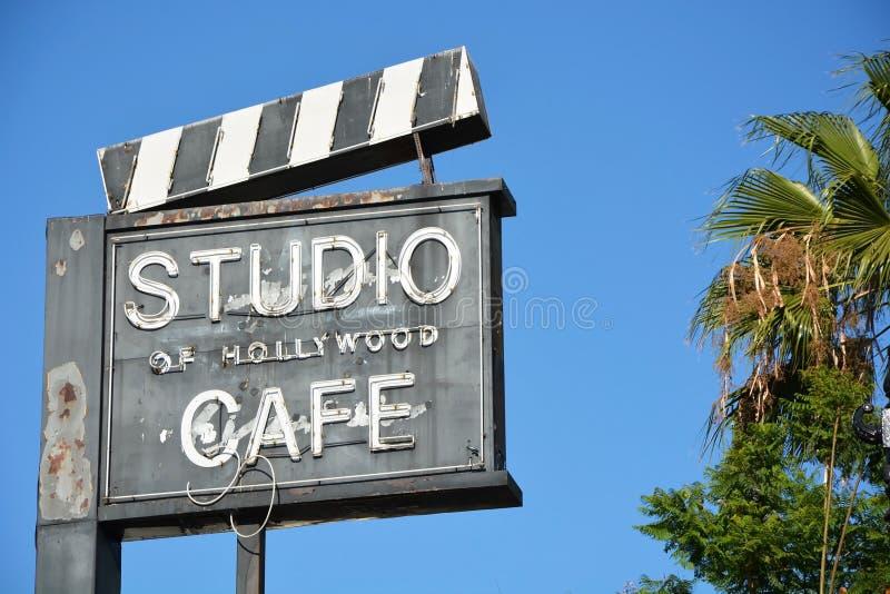 Café ao longo da caminhada de Hollywood da fama fotografia de stock