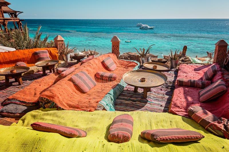 Café Arabe sur la côte de la Mer Rouge image libre de droits