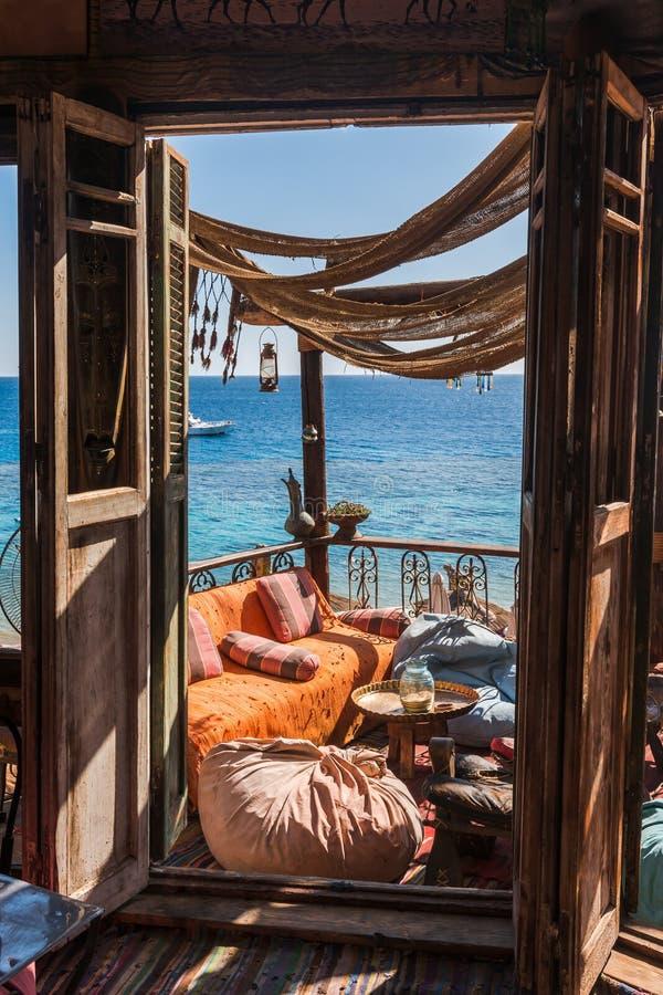 Café Arabe sur la côte de la Mer Rouge photos libres de droits