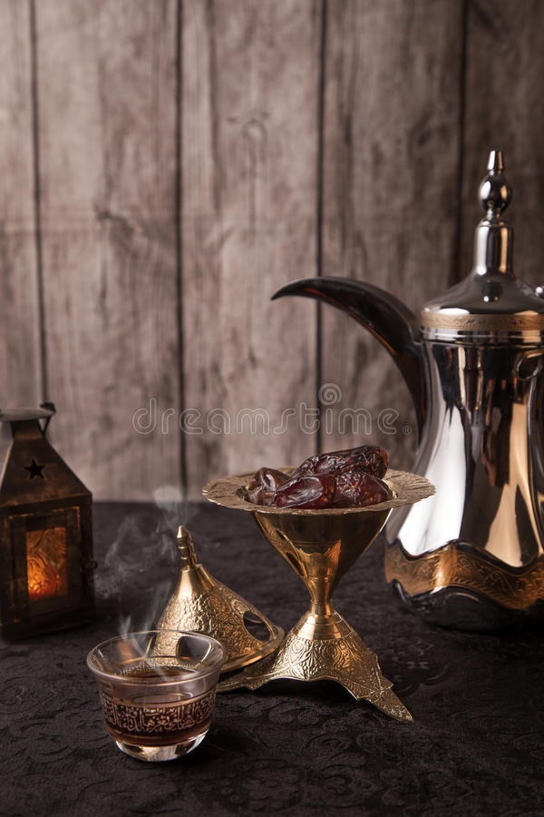 Café arabe - thème de Ramadan image libre de droits