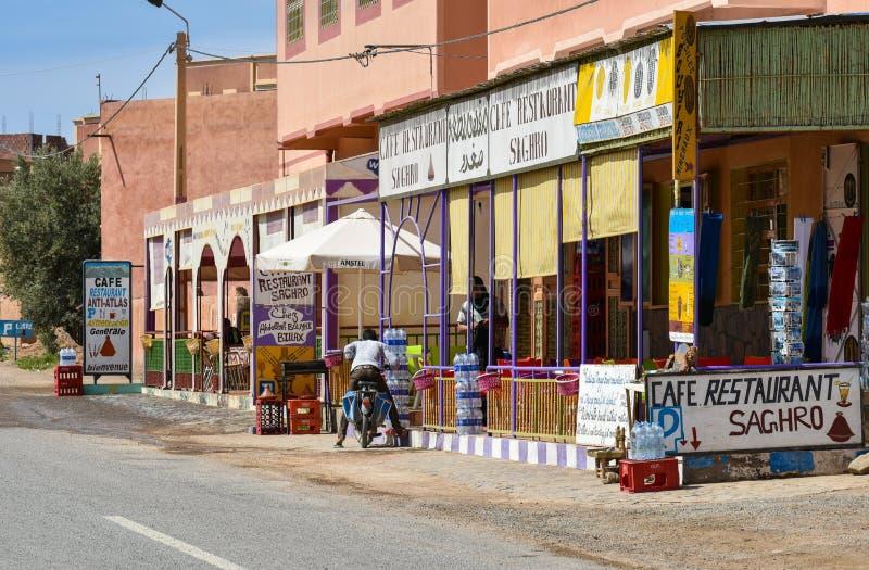 Café au Maroc, vue de rue photos libres de droits