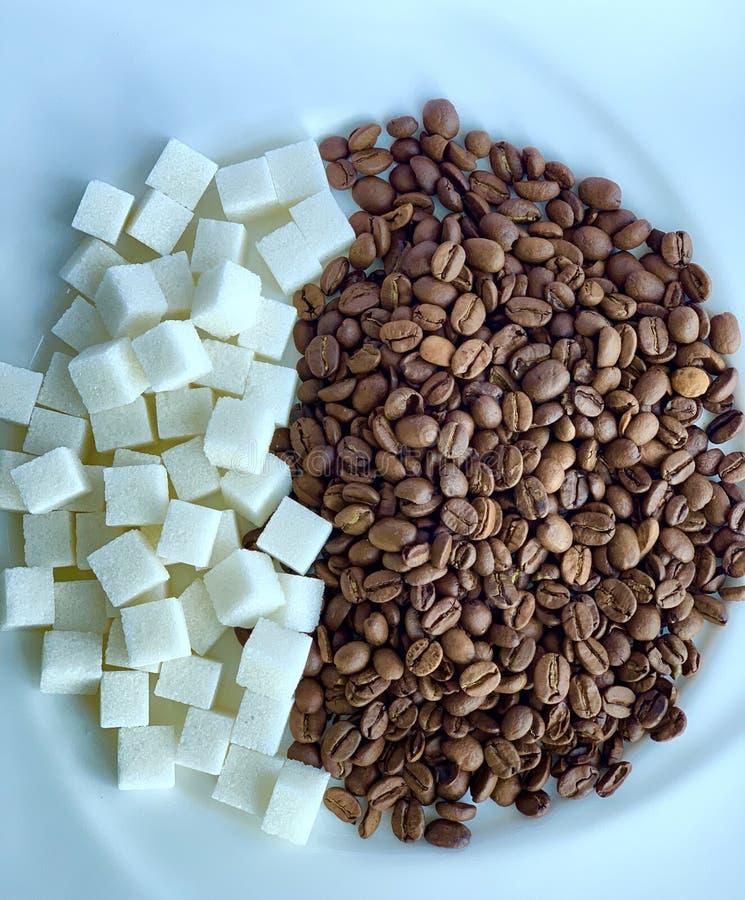 Café avec du sucre, boisson chaude Caf? express blanc de caf? de cuvette image stock