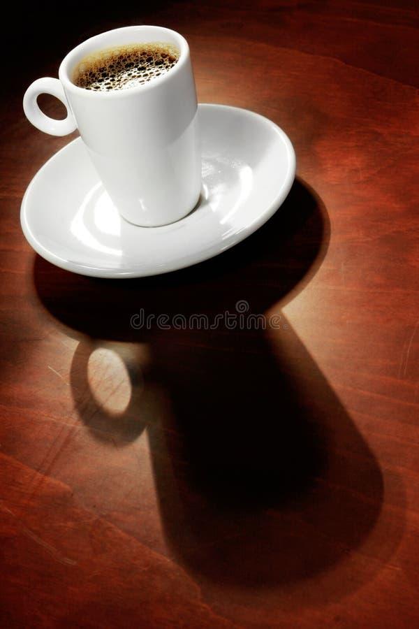 Café avec l'ombre photographie stock libre de droits