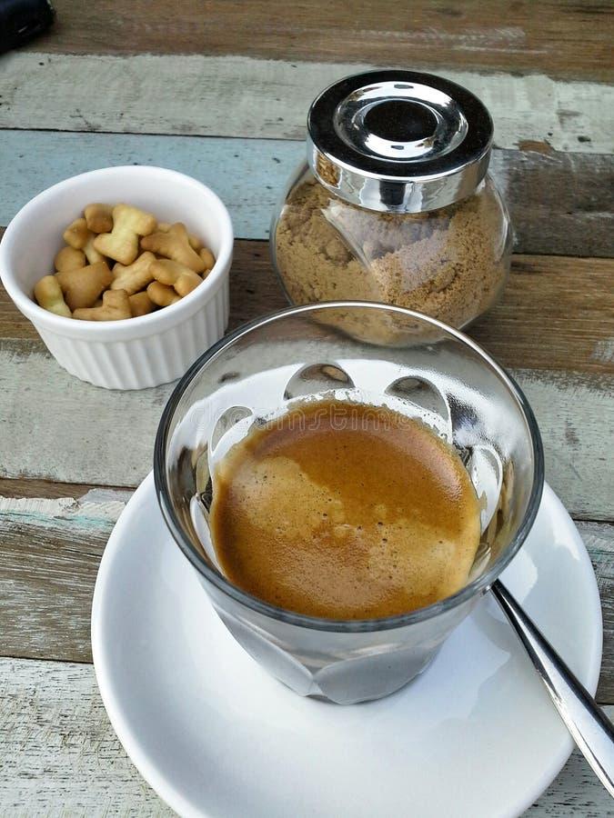 Café, biscoitos e açúcar foto de stock royalty free