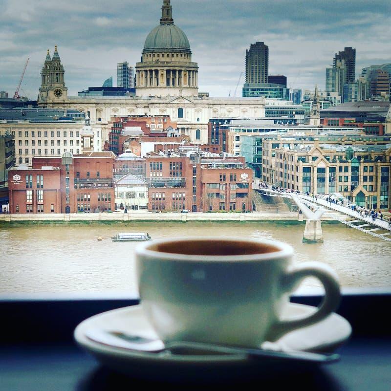Café chez Tate Modern images libres de droits