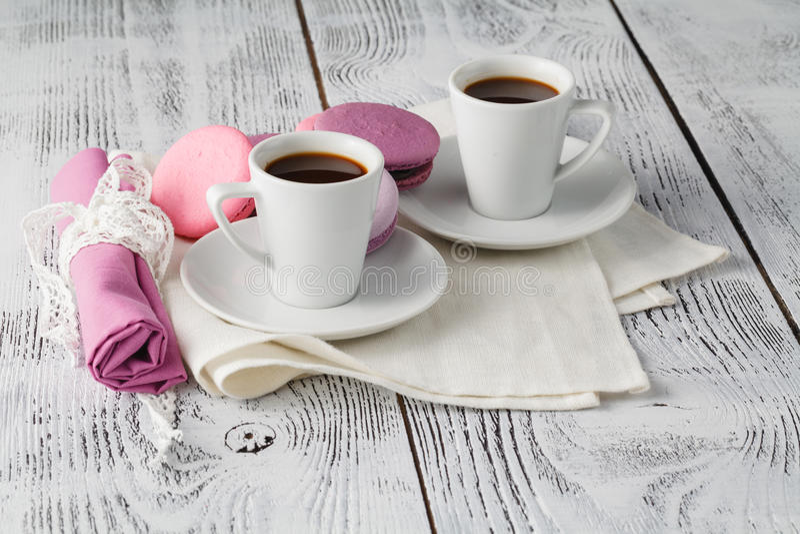 Download Café chic minable photo stock. Image du chocolat, table - 77157690
