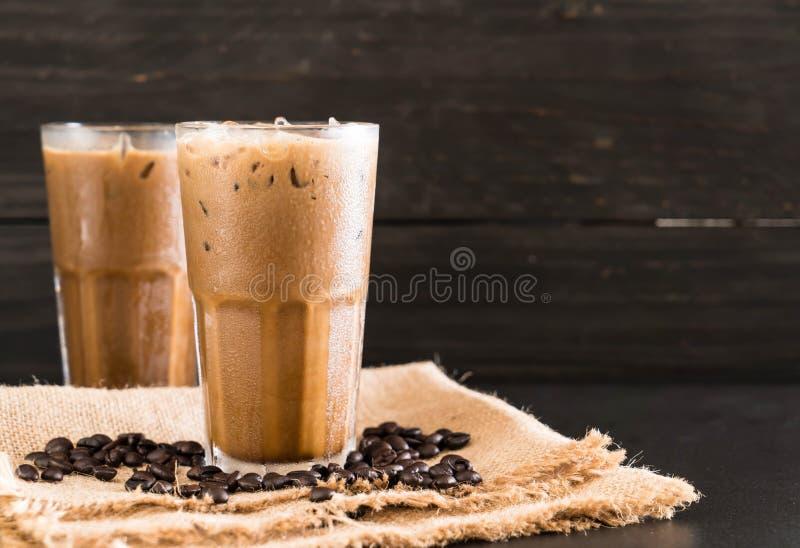 Café congelado com leite imagens de stock