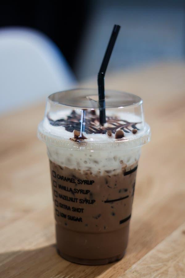 Café congelado na cafetaria fotografia de stock royalty free