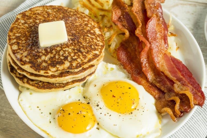 Café da manhã americano completo saudável fotografia de stock royalty free