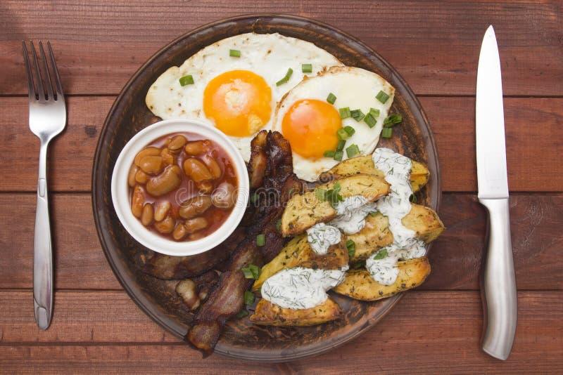 Café da manhã apertado batatas cozidas fotos de stock