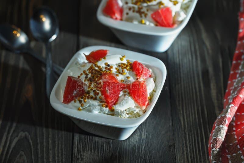 Café da manhã delicioso de produtos úteis fotos de stock