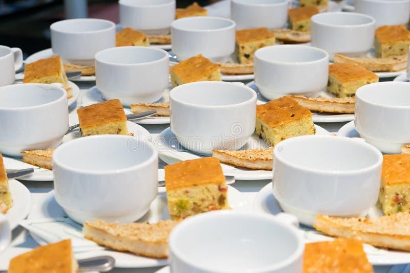 Café da manhã do alimento durante a reunião fotos de stock