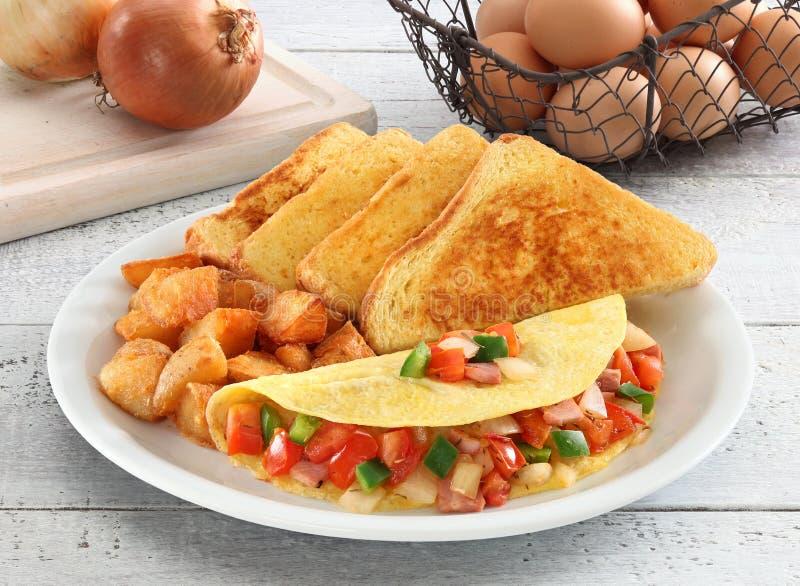 Café da manhã da omeleta imagens de stock royalty free