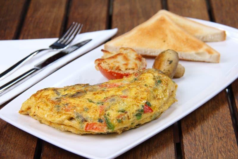 Café da manhã saboroso da omeleta imagem de stock royalty free