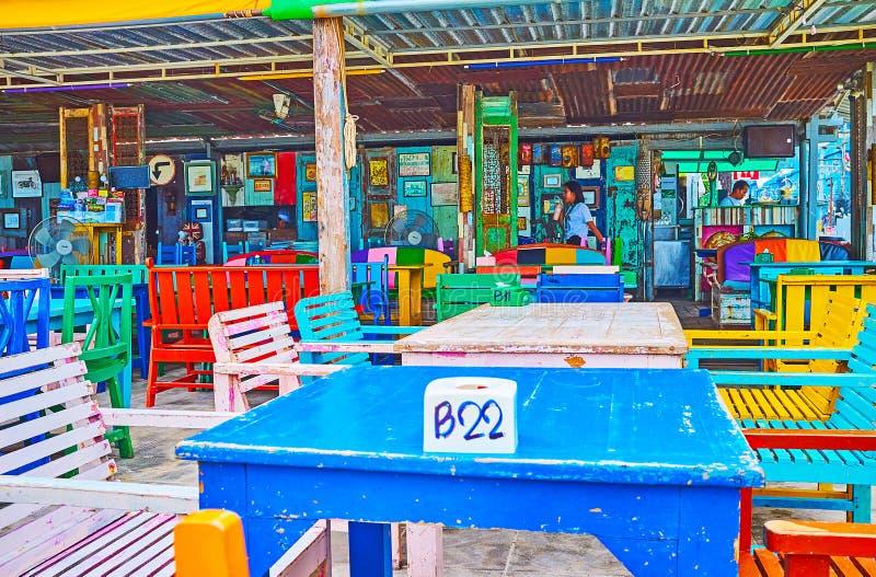 Café da praia em Patong, Phuket, Tailândia imagem de stock royalty free