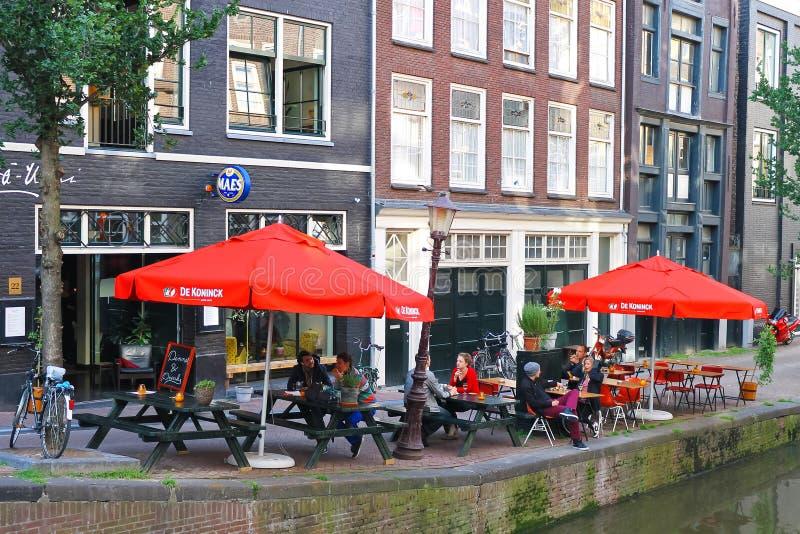 Café da rua em Amsterdão. foto de stock