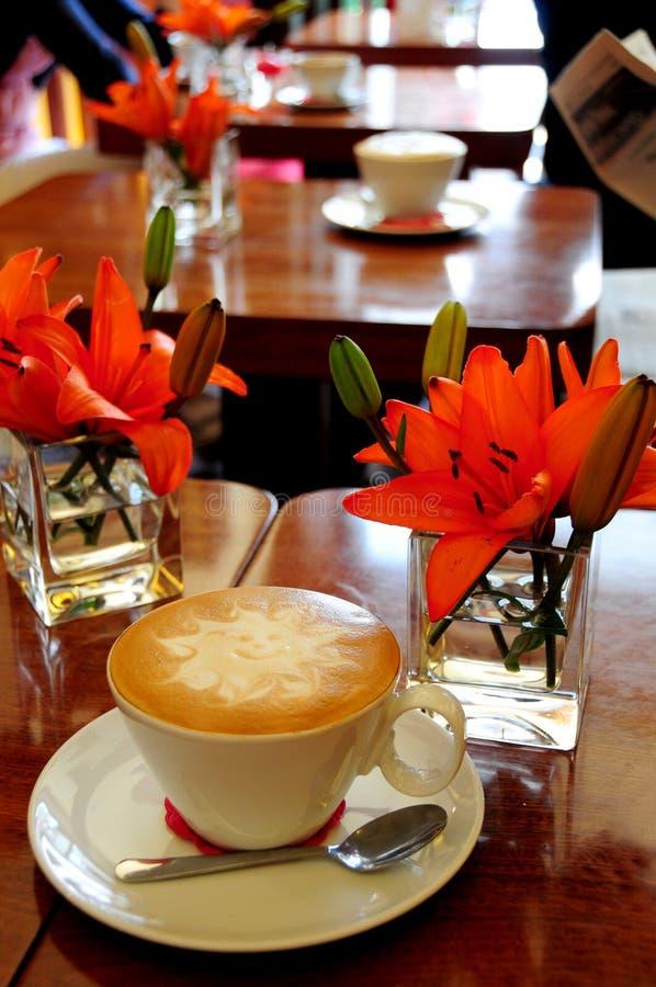 Café de café express avec de la mousse image libre de droits