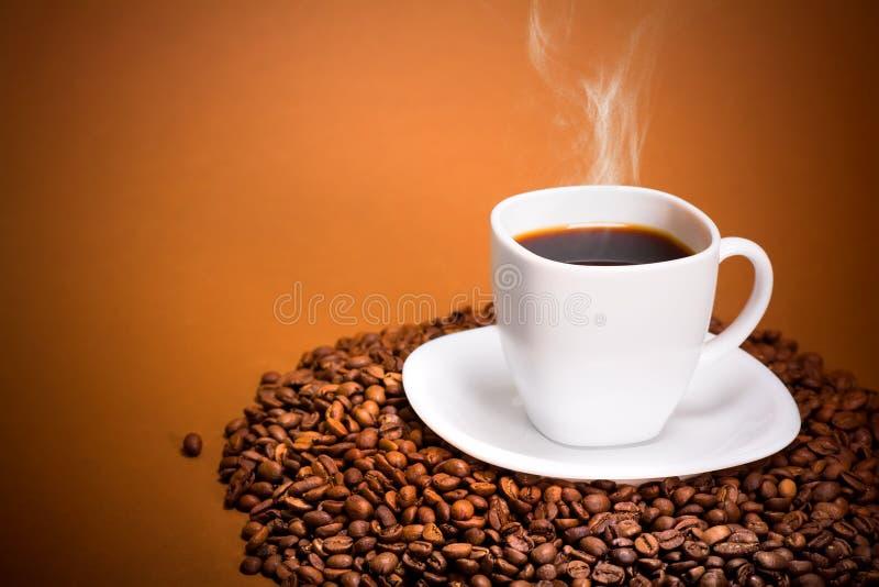 Café de fumo perfeito foto de stock royalty free