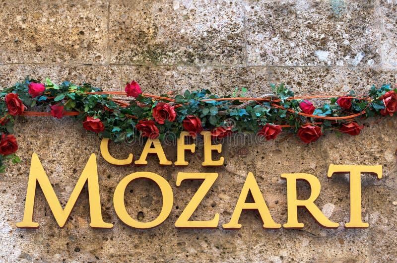 Café de Mozart en Salzburg, Austria fotografía de archivo