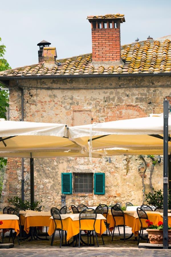 Café de rue chez l'Italie photos stock