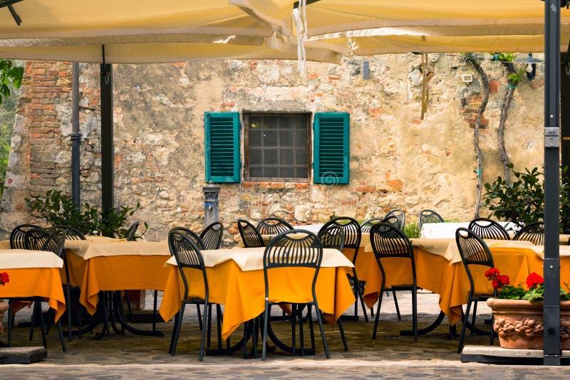 Café de rue chez l'Italie photos libres de droits