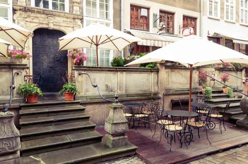 Café de rue de Danzig Mariacka photos stock