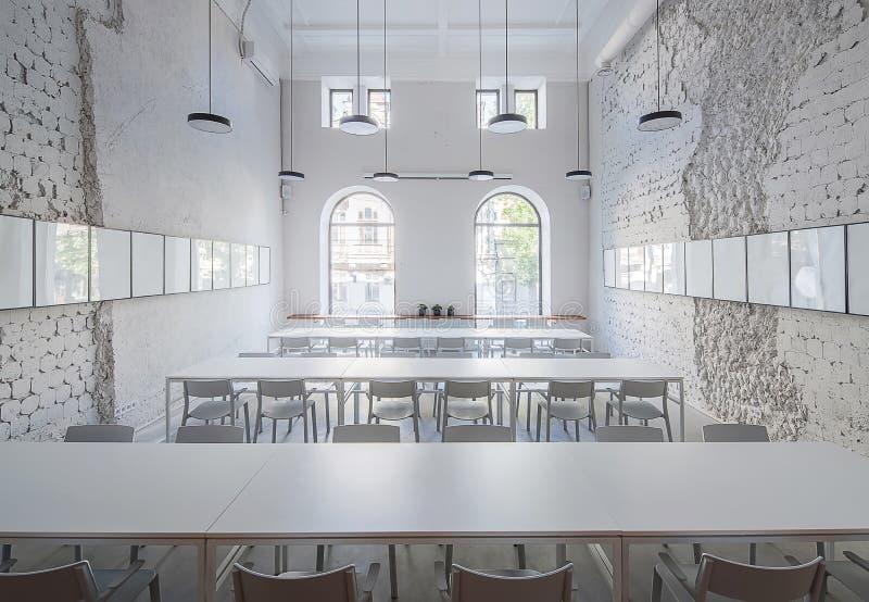 Café in der Dachbodenart stockfotos